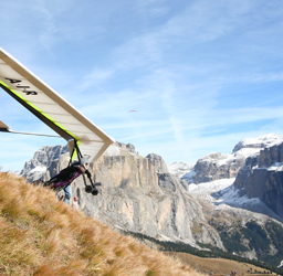New A-I-R rigid wing hang gliders